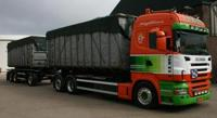 Scania R-serie Highline rigid truck with hookarm container.   Van der Wal   (арт.  62587)