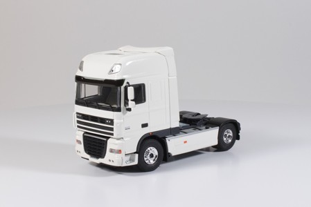 DAF XF 105 Super Space Cab 4x2 truck.  (арт.  55798)