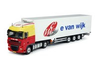 DAF XF105 Space Cab with semi reefer trailer. Wijk, E. van  (арт. 63583)