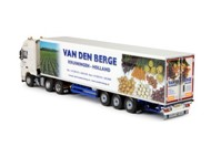 DAF XF105 Super Space Cab with reefer semi-trailer.   Van den Berge  (арт.  62691)