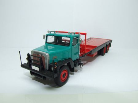 International Paystar 5000 Flatbed (арт.  FKM 50002)