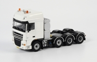 DAF XF 105 Super Space Cab 8x4 (арт.03-1029)