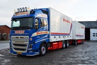 Volvo F88 rigid truck with trailer Nielsen, Finn & Son  (арт.  68472)