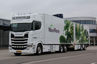 SCANIA S HIGHLINE 6x2 TAG AXLE RIGED BOX / CURTAIN / REFRIGERATED TRUCK COMBI Noviflora - J.P. Vis & Zn (арт. 01-2683)